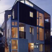 交差点になる家   *京都市暮らしの景観まちづくり賞優秀賞